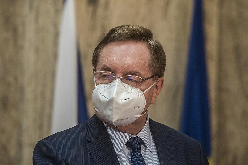 Újabb botrány után helycsere a cseh kormányban