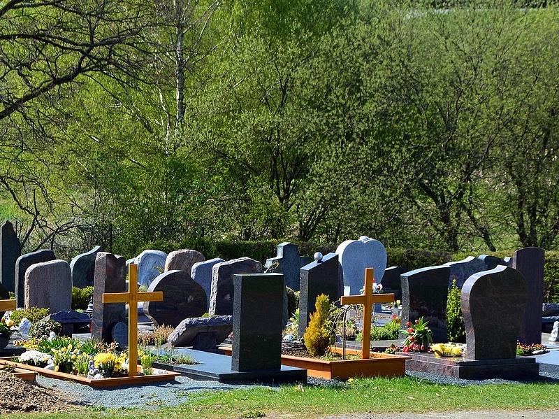 A kormány még jó ideig nem teszi lehetővé az olcsó temetést