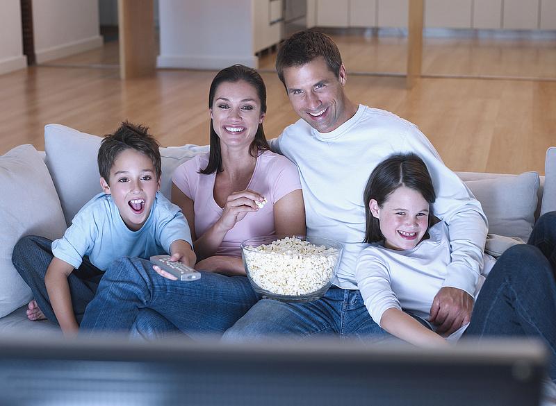 Új médiaboxot kap több millió előfizető, változik a csatornakiosztás is