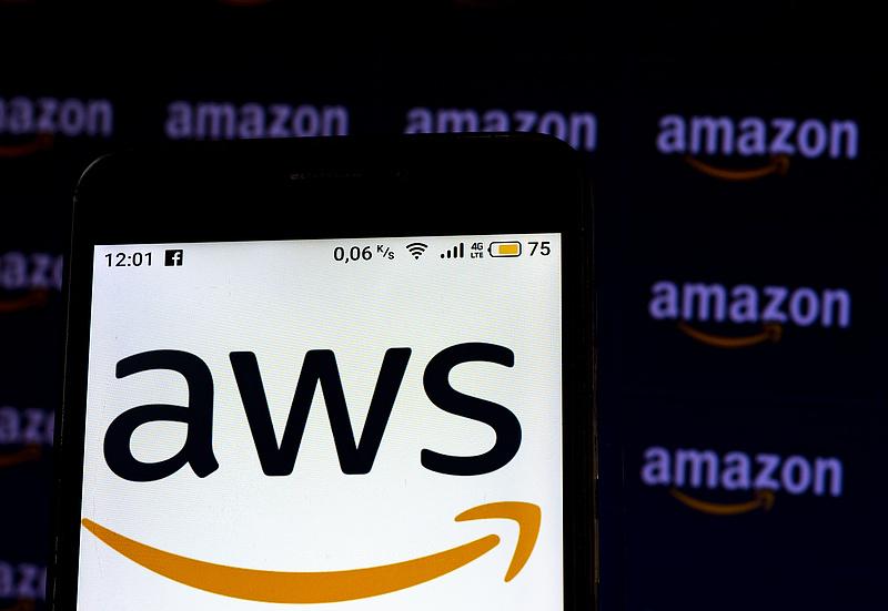 Házon belülről, de a felhőből választott utódot Jeff Bezos