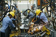 Tovább küszködik a kínai feldolgozóipar