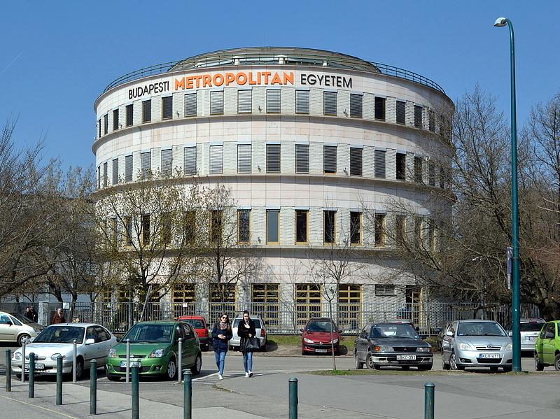 Magyarország legnagyobb magánegyetemét is megvette az MNB-alapítvány cége
