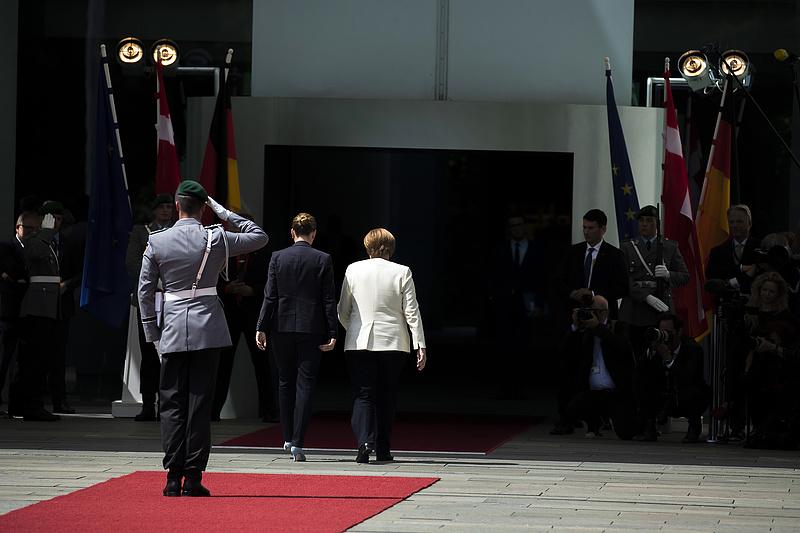 Kémbotrány: Merkelre dolgozott az amerikai titkosszolgálat Dániában