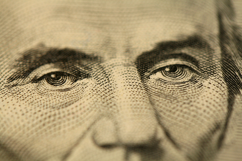 Még rengeteg ponton finomítják a globális társasági adót a bevezetésig