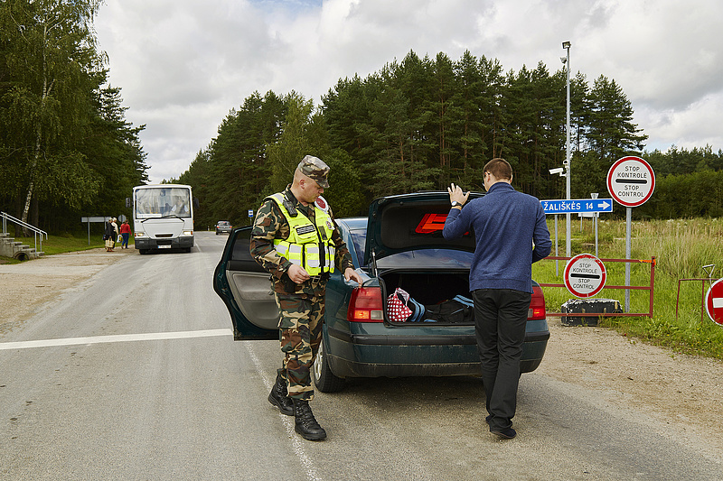Szijjártó: Magyarország támogatja Litvániát az illegális bevándorlás elleni harcban