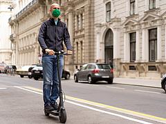 Elektromos rollereket teszteltek a fogyasztóvédők, ezt találták