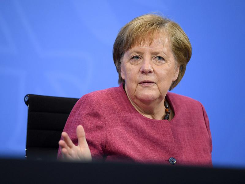 Merkel elmondta a véleményét az oltásokról