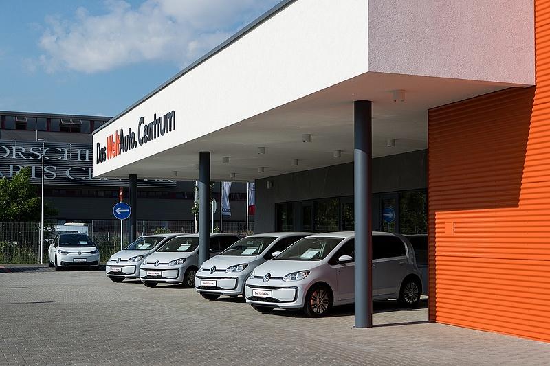 Használtautó-bázist nyitott a Porsche Hungaria