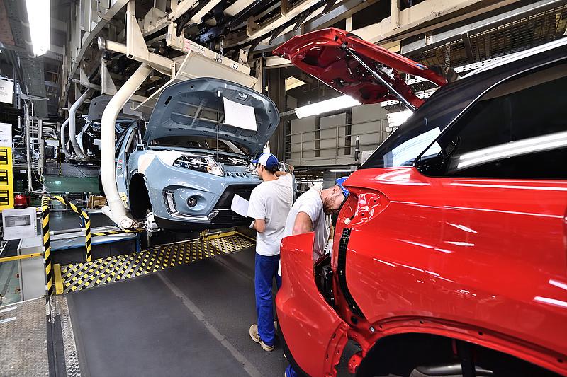 A Suzuki szerint egyelőre a hibrid hajtásé a főszerep