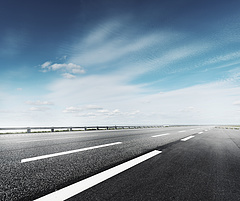 Három cég pályázik az autópálya-koncesszióra