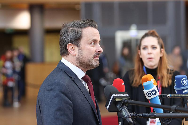 Egy oltás után pozitív lett a luxemburgi miniszterelnök koronavírus-tesztje