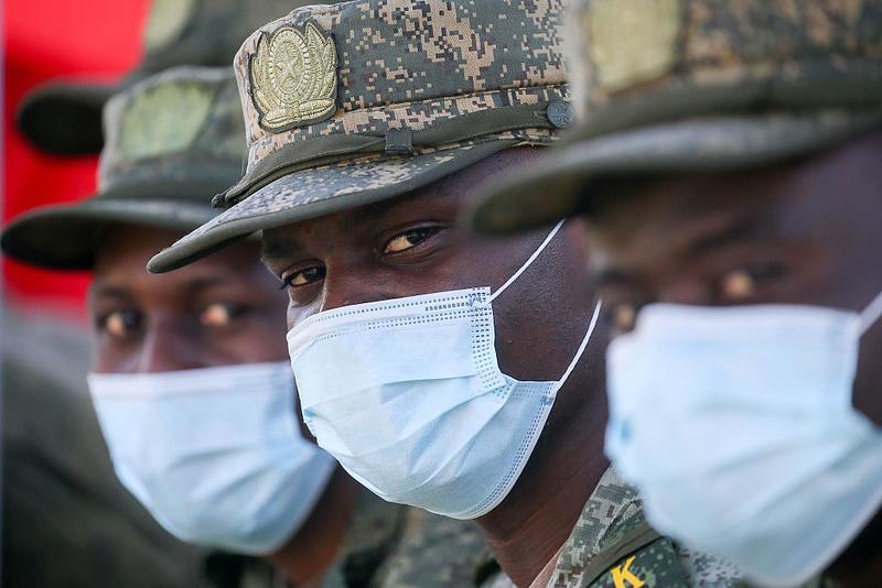 """A magyar kormány még a mozambiki katonai missziónál is megtalálta a """"lényegi pontot"""""""