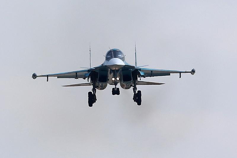 A Fekete-tenger felett fitogtatta erejét az orosz légierő