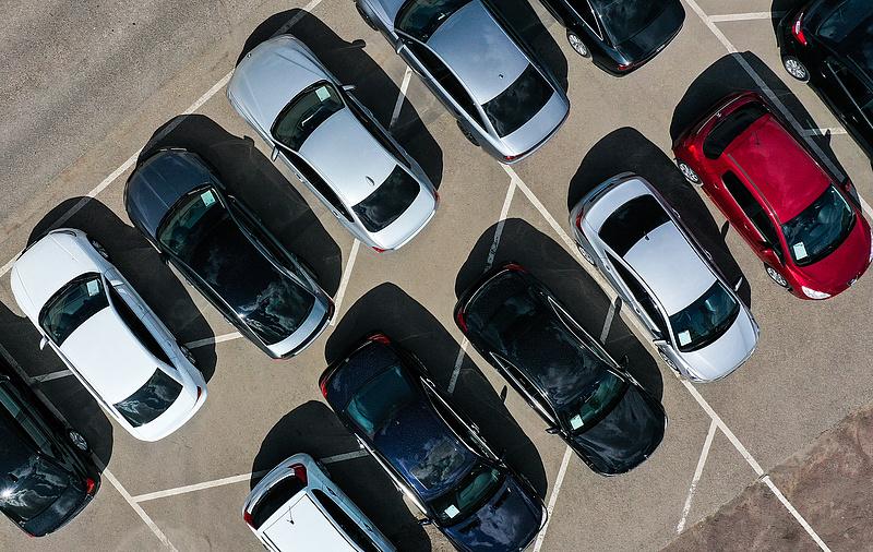 """""""Nagy hiba"""" - Akár olyan autók is közlekedhetnek, amelyeknek majdnem két éve lejárt a műszakija"""