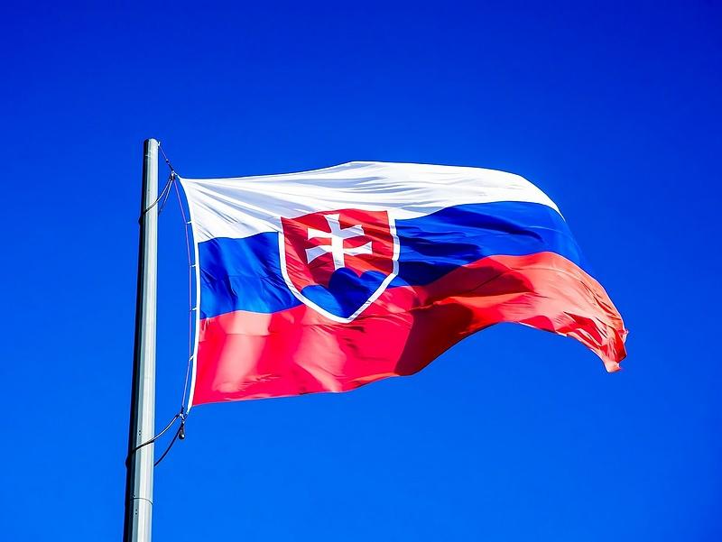Szlovákia magasabb fokozatba kapcsol