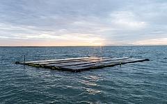 Meglepő tapasztalatokhoz jutott az Északi-tengeren úszó napelemes erőmű