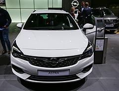 Megszűnik az Opel Astra gyártása Lengyelországban