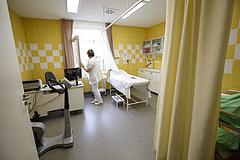 Koronavírus: az elhunytak túlnyomó része kisnyugdíjasnak számított