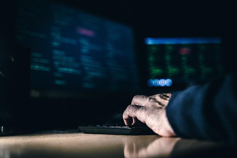 A mindent látó rendszer kritikus sérülékenységét fedezte fel egy magyar hacker
