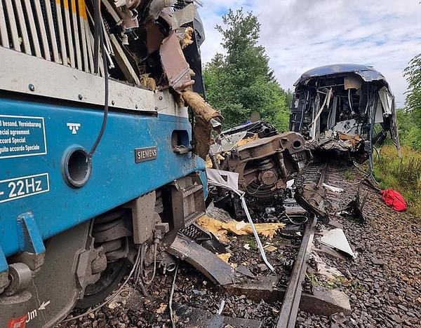 Tragikus vonatbaleset Csehországban (frissítve)