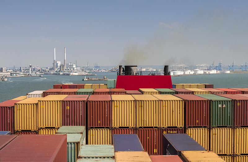 Hiába pörgött az export, nőtt a francia kereskedelmi hiány