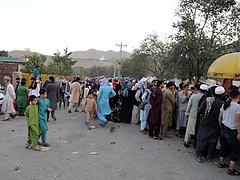 A tálibok elkezdték bevenni Kabult