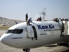 Bejött, amit vártak: robbanás történt a kabuli repülőtéren