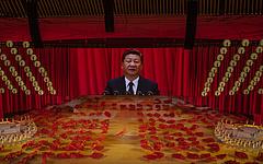 Látványos önpusztításba kezdett a kínai vezetés