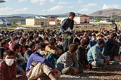 Afganisztáni krízis: Katartól kér segítséget az EU