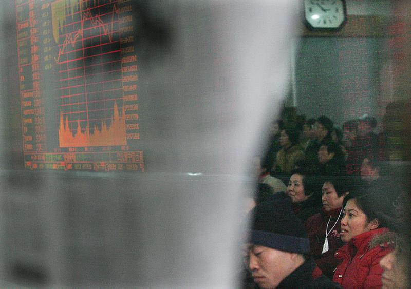 Soros György is belekezdett a kínaiak shortolásába