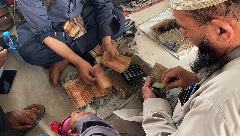 Afganisztán a kivonulás napján: csőd, pánik, éhezés