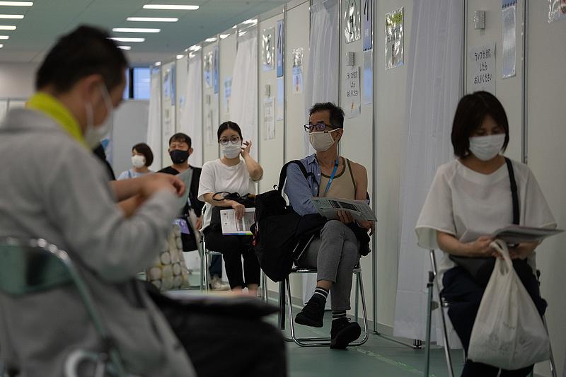 Két ember meghalt Japánban a szennyezett oltások miatt