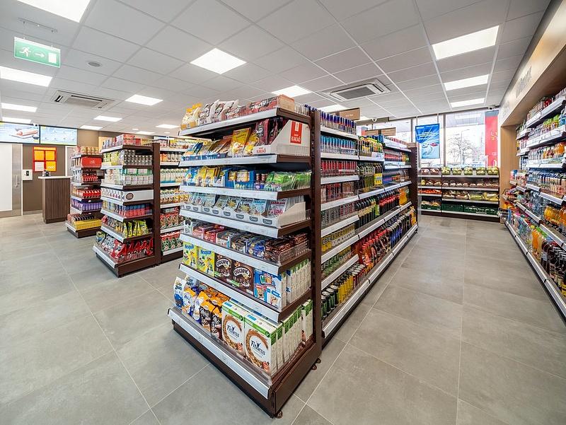 Megnyílt 23 új üzlet Magyarországon, összeállt a Shell és a Tesco