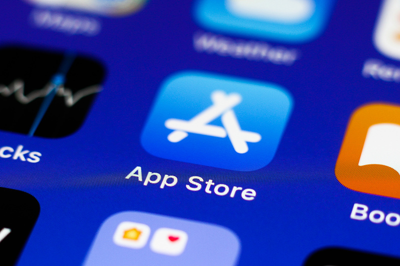 Megoldások helyett csak aprópénzt szórt az Apple a panaszkodó streamingszolgáltatók elé