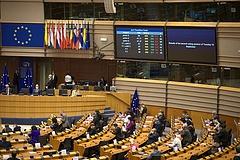 Az EP kiáll az LMBTIQ-emberek jogai mellett és ez Magyarországon új vitákat hozhat