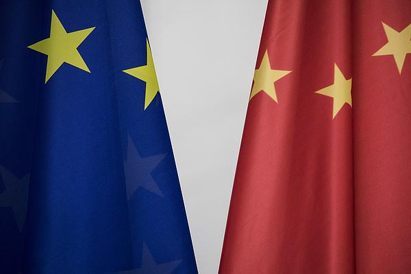 Az Európai Parlament kemény kézzel tárgyalna Kínával