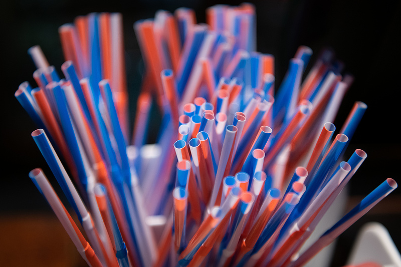 Áremelkedést okoz a műanyag szívószálak eltűnése