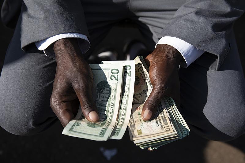 Egyre szövevényesebb a Magyarországig érő zimbabwei pénzmosási botrány