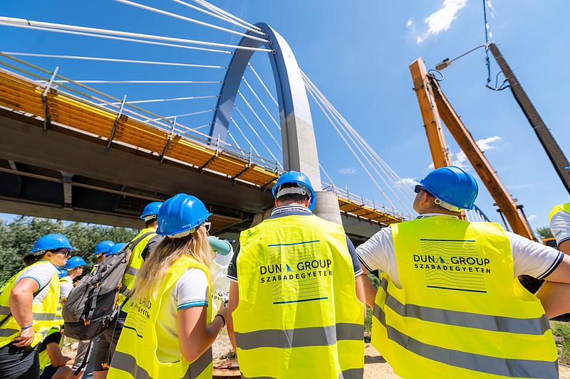 A Duna Csoport élen jár a fiatal építőmérnökök megszólításában