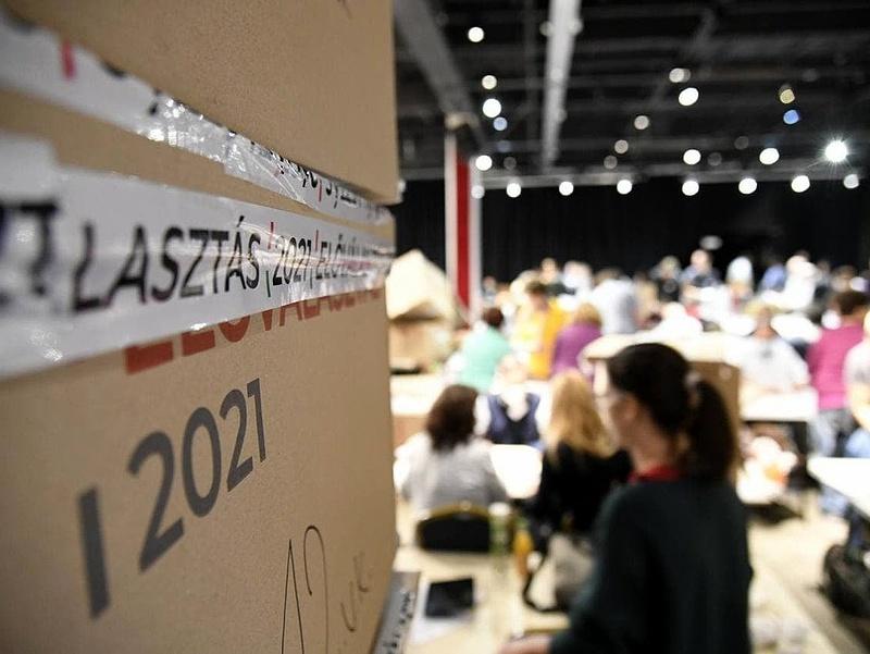 Előválasztás: lassan halad a szavazatszámlálás