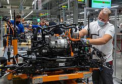 A német ipar földbe állt, Magyarország követheti