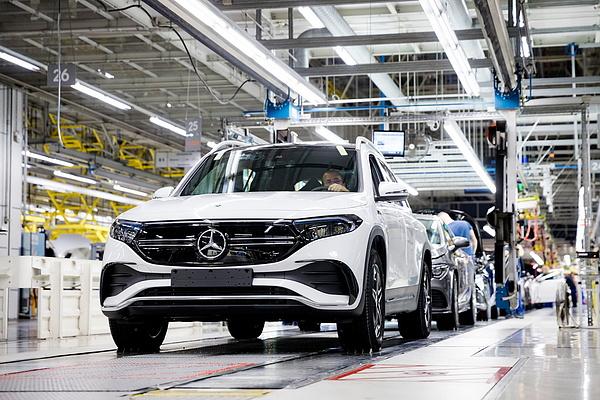 Új korszak kezdődött a magyarországi járműgyártásban