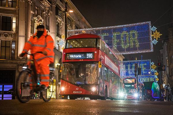 Most már buszsofőrhiány is van Angliában