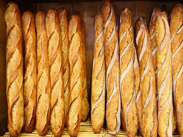 Vége a világnak: drágul a baguette Franciaországban