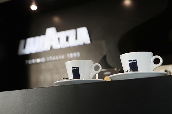 Nagy verseny lehet a Lavazza és a Starbucks között Kínában
