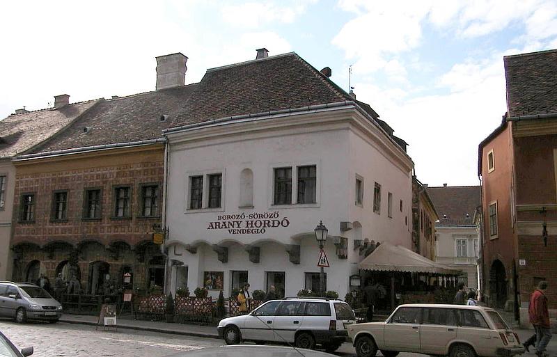 Megakadt az alkotmányossági szűrőn a fideszes lakástörvény-javaslat