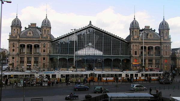 Megjelent a Nyugati pályaudvar és környékének megújítási tervpályázata