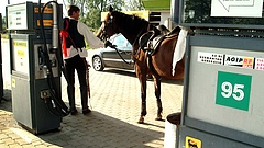 Megint változik a benzin ára