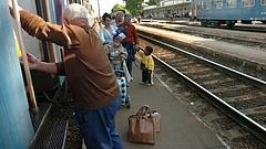 Meglepő változás a nyugdíjasok vasúti kedvezményénél