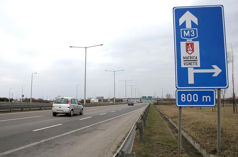 Mindkét oldalán sávlezárás lesz az M3-as autópályán